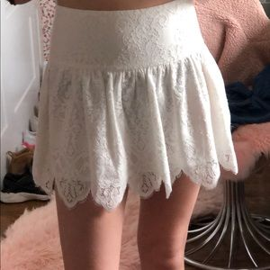 club monaco white lace mini skirt